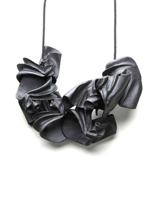SCHMUCK 2012 'Corpus' - Galerie Spektrum, Munich (DE) - 16 mars-28 avril 2012 dans Allemagne (DE) peters-lumbus